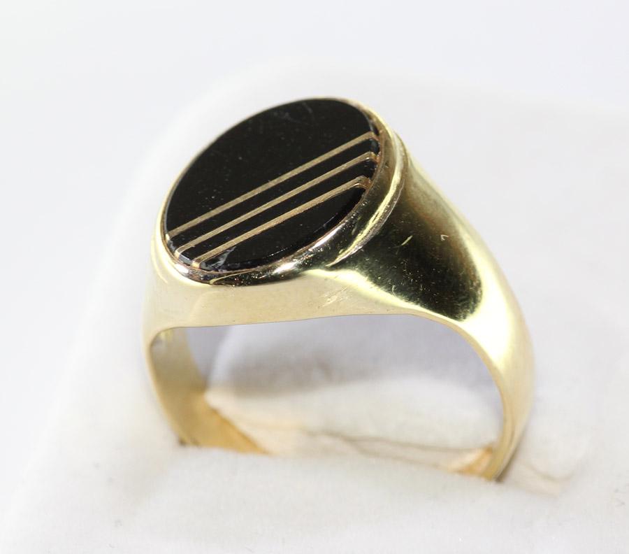 eb6a88d75 Pánský prsten s černým kamenem - 200 šperků online