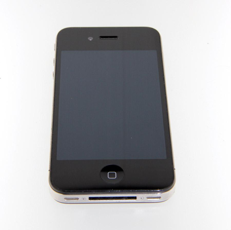 Mobilní telefon: iPhone 4 16GB