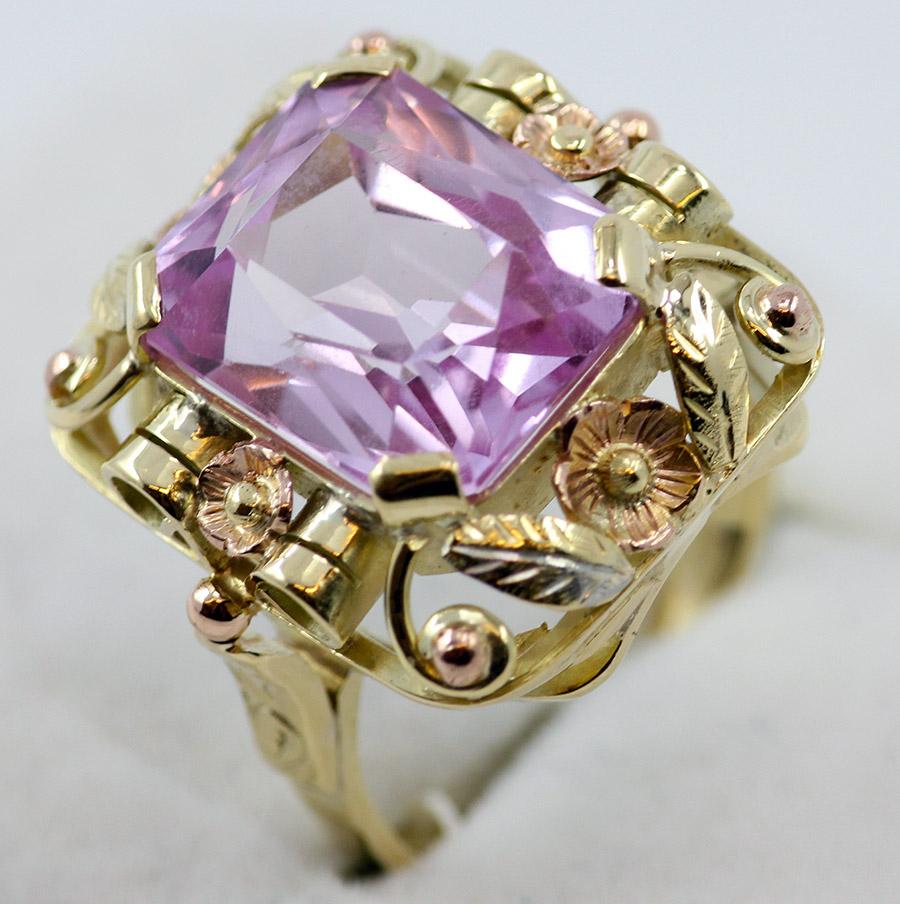 Zlatý barokní prsten