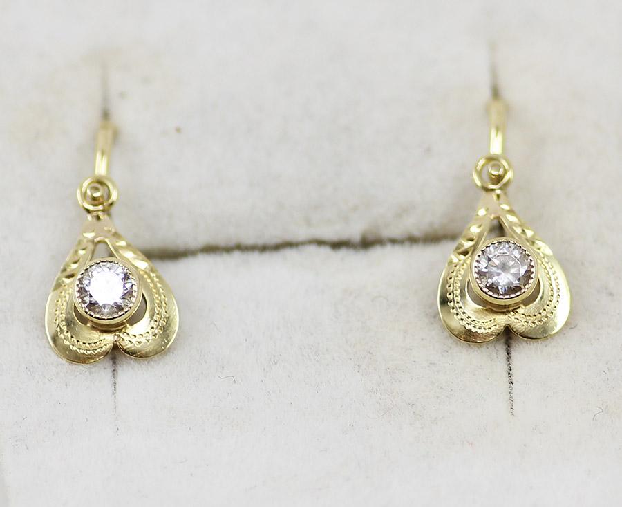 e69a458aa Zlaté dětské náušnice srdíčka se zirkony - 200 šperků online