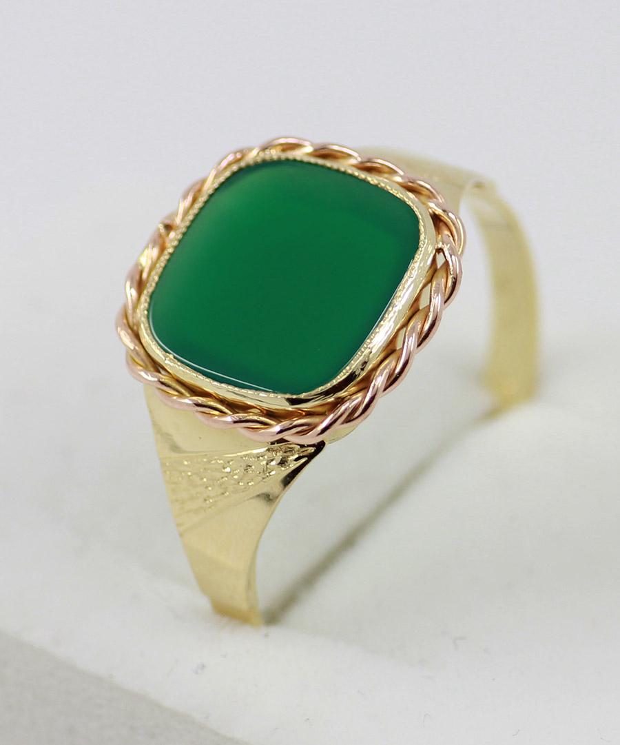 242773bf7 Pánský prsten se zeleným kamenem - 200 šperků online