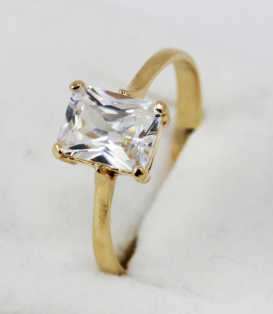2cb02ef02 Zlatý prsten s větším kamenem - 200 šperků online