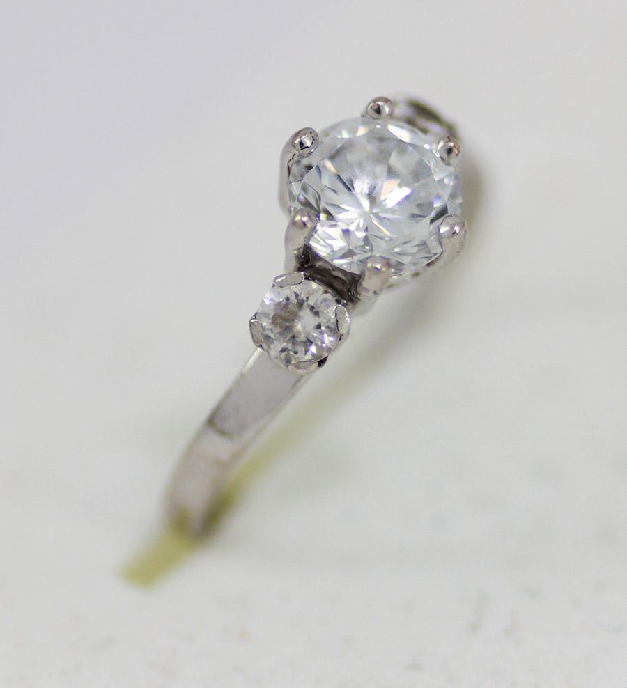 Diamanty které nosí smrt 7. 2. 2015 Věřili byste tomu 0a717b3584b