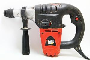 Kombinované pneumatické kladivo: Black & Decker KD 1001