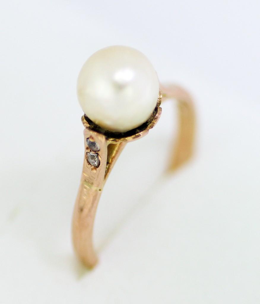 Retro prsten s perlou