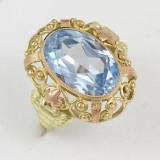 Barokní prsten se světle modrým kamenem