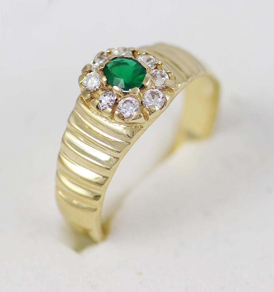 Zlatý prstýnek se smaragdem a zirkony