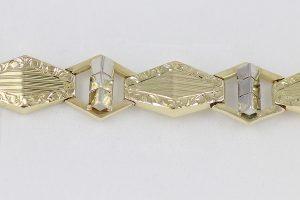 Ručně vyrobený zlatý náramek