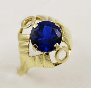 Dámský prsten s tmavě modrým kamenem