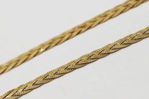 Zlatý pletený náhrdelník