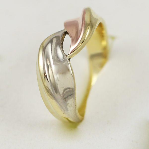 Prsten spojená vlna