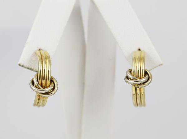 Zlaté náušnice suk