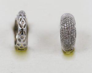Náušnice v bílém zlatě s diamanty