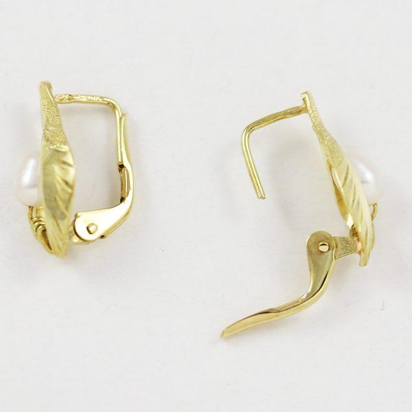 Zlaté náušnice s říčními perlami