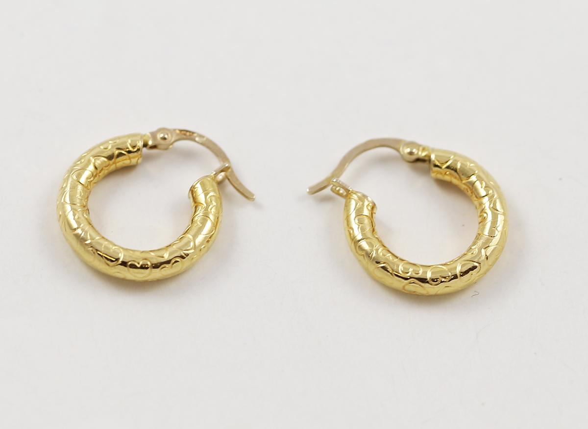 d7553b4d1 Zlaté náušnice kruhy s rytými srdíčky - Zastavárna a Bazar Zlín - U ...