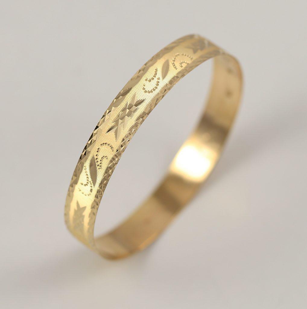 Luxusní náramek z 18k zlata