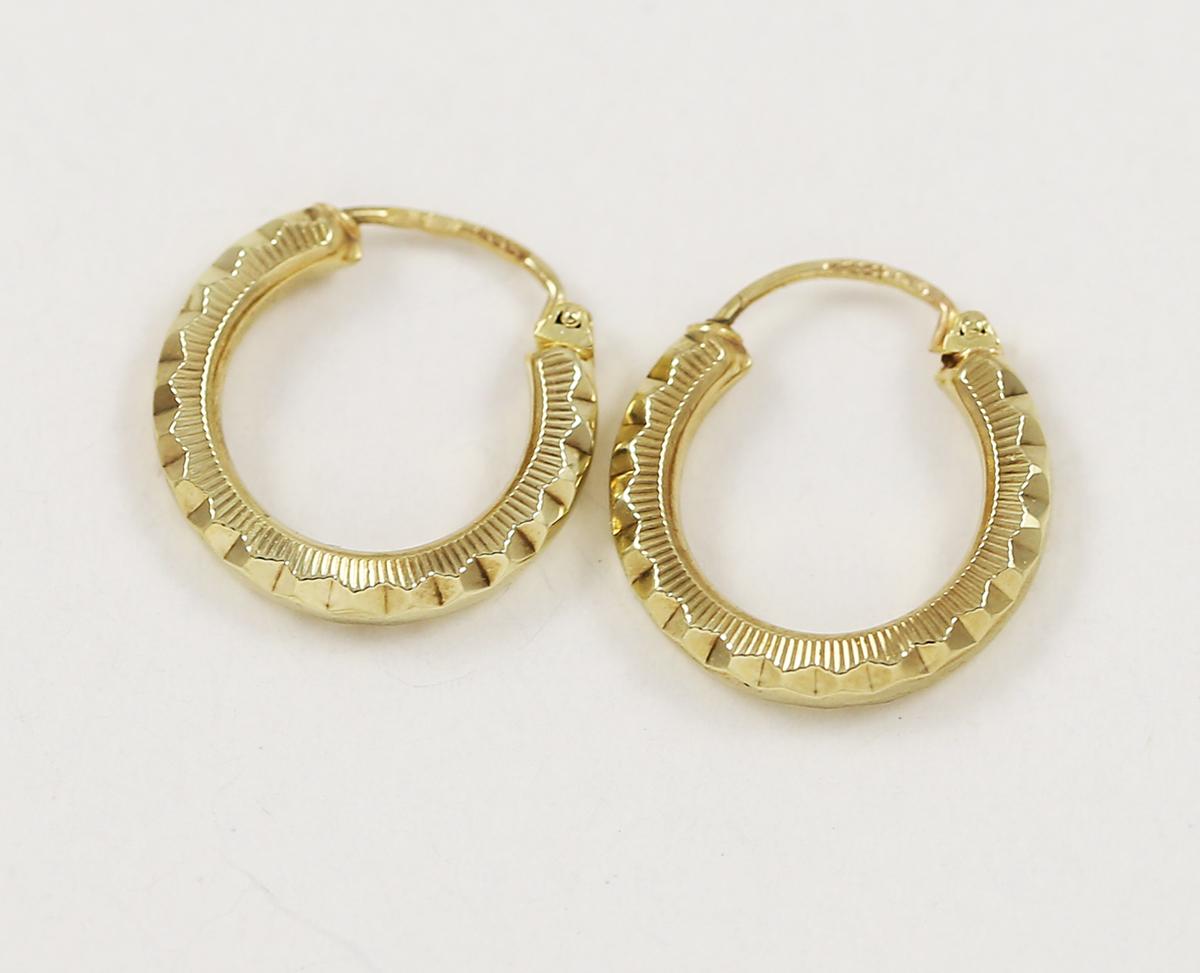 0630c10a7 Náušnice zlaté malé kruhy - Zastavárna a Bazar Zlín - U radnice