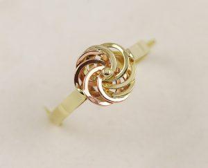 Zlatý prsten vídeňská růže