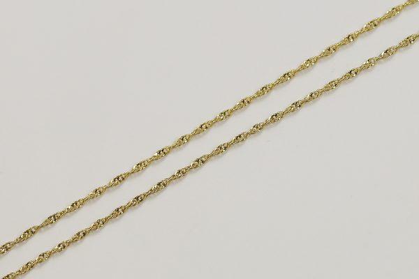 Zlatý kroucený řetízek jemný