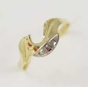 Zlatý prsten háček