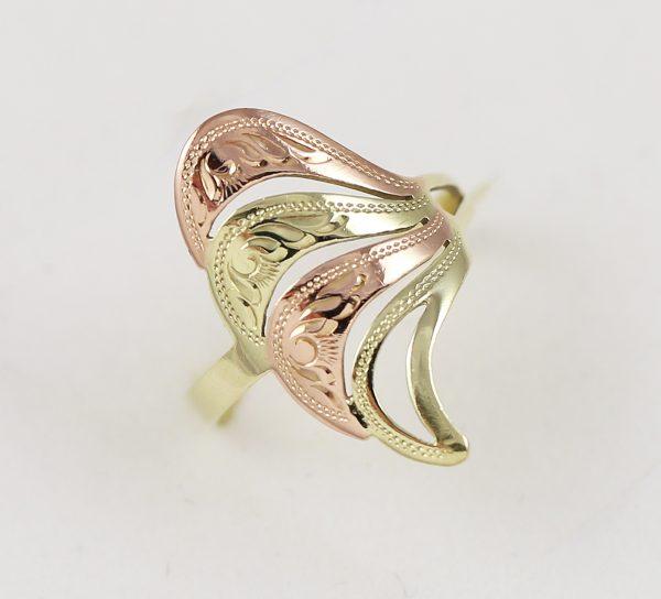 Zlatý prsten křídlo v kombinaci barev