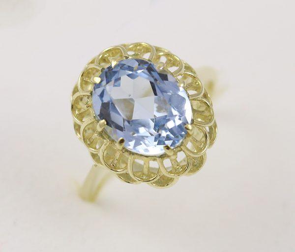 Prsten luxusní s kamenem