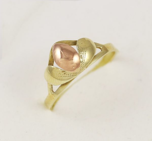 Prsten kapka v kombinaci zlata
