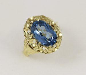 Prsten barokní modrý kámen