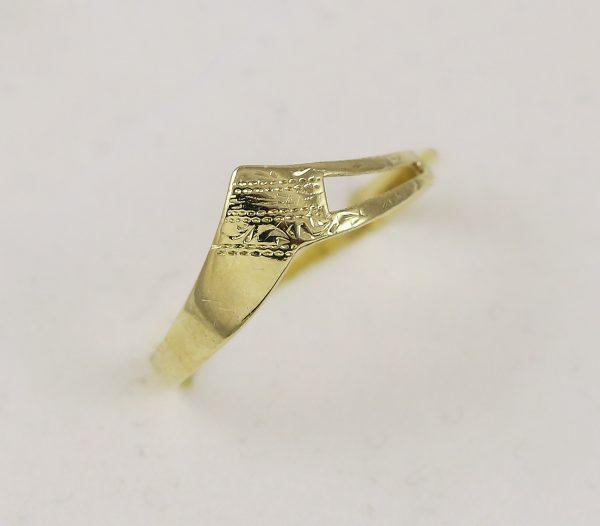 Prsten špička elegance