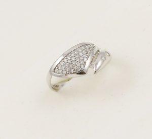 Prsten v bílém zlatě