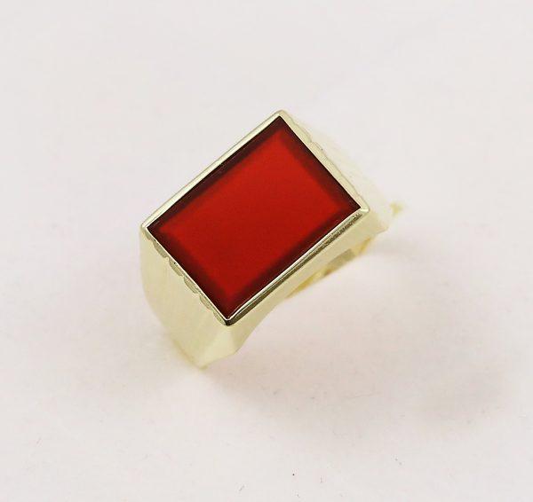 Pánský prsten červený kámen
