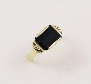 Prsten historický kámen