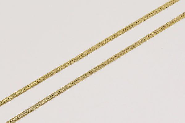 Zlatý náhrdelník s rytým středem