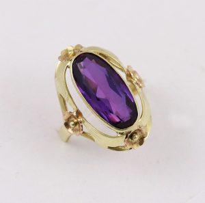 Prsten velký kámen