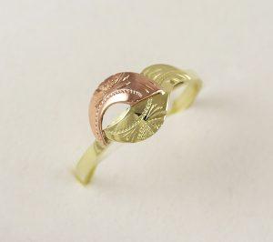 Prsten kombinace barev