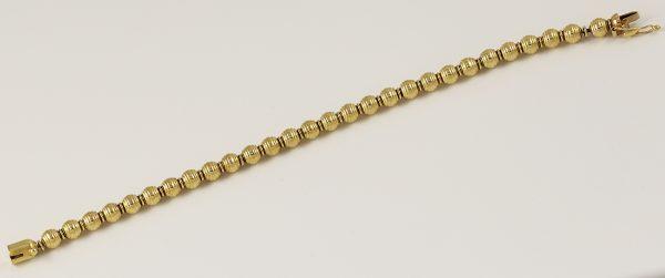 Luxusní zlatý náramek