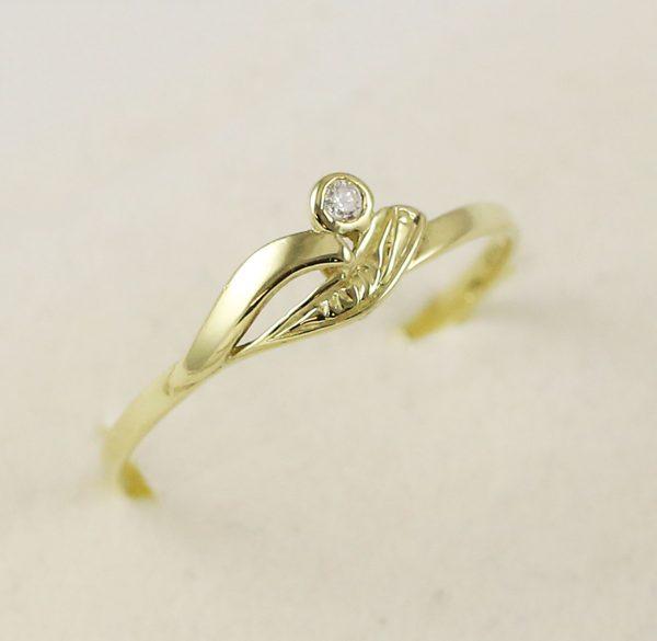 Prsten zirkonek