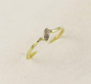 Prsten jednoduchý styl