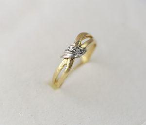 Prsten propletenec