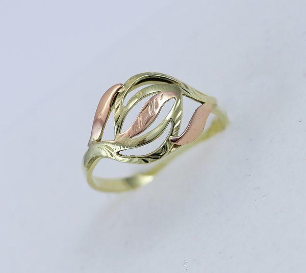 Prsten v kombinaci zlata