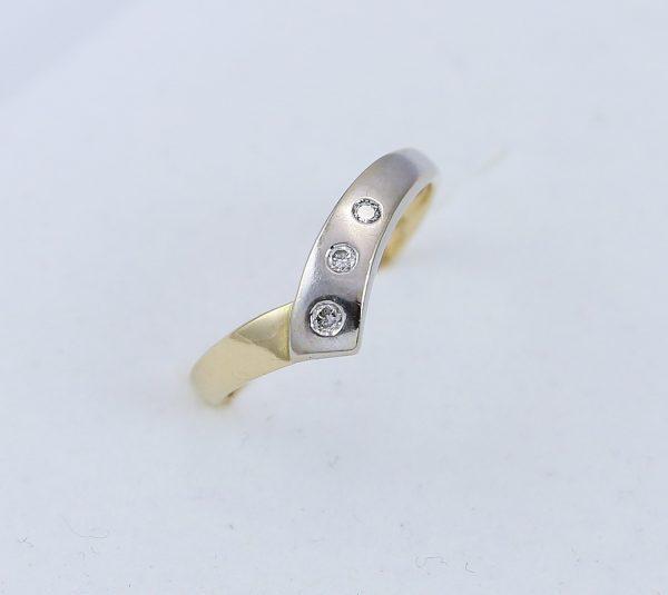 Prsten tři zirkony