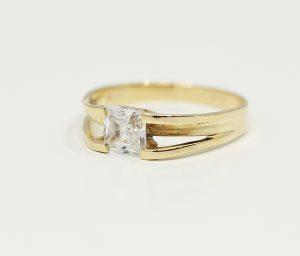Prsten čtvercový zirkon