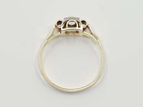 Prsten retro zirkon
