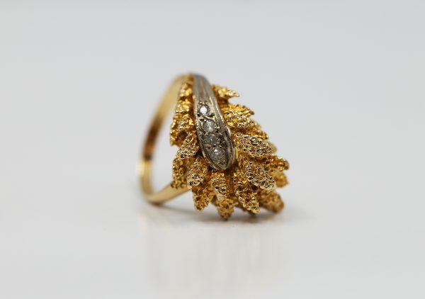 Prsten zlaté listy