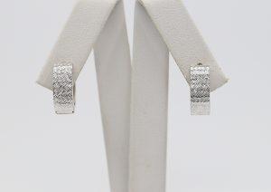 Zlaté bílé náušnice s raženými vzory