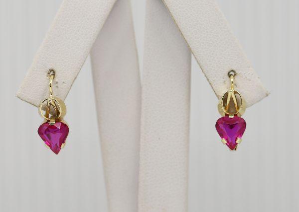 Zlaté náušnice s růžovým kamenem