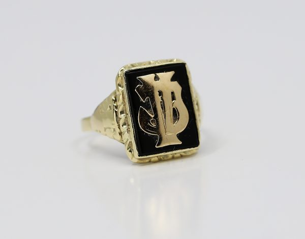 Zlatý puncovní prsten